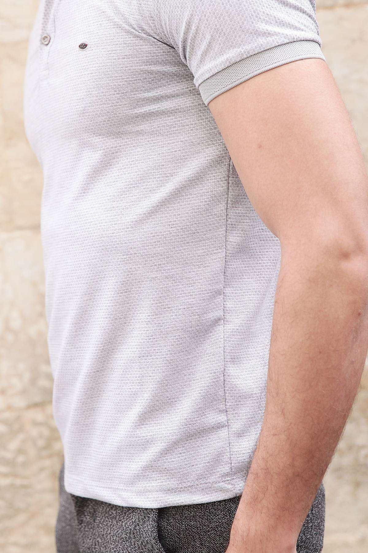 Petek Desenli Polo Yaka Düğmeli Slim Fit Tişört Taş