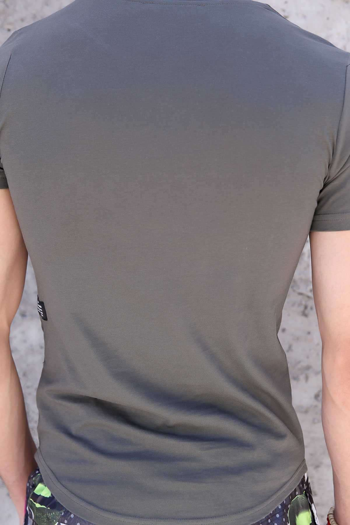 Rising Energy Yazı Baskılı Yamalı Slim Fit Tişört Haki