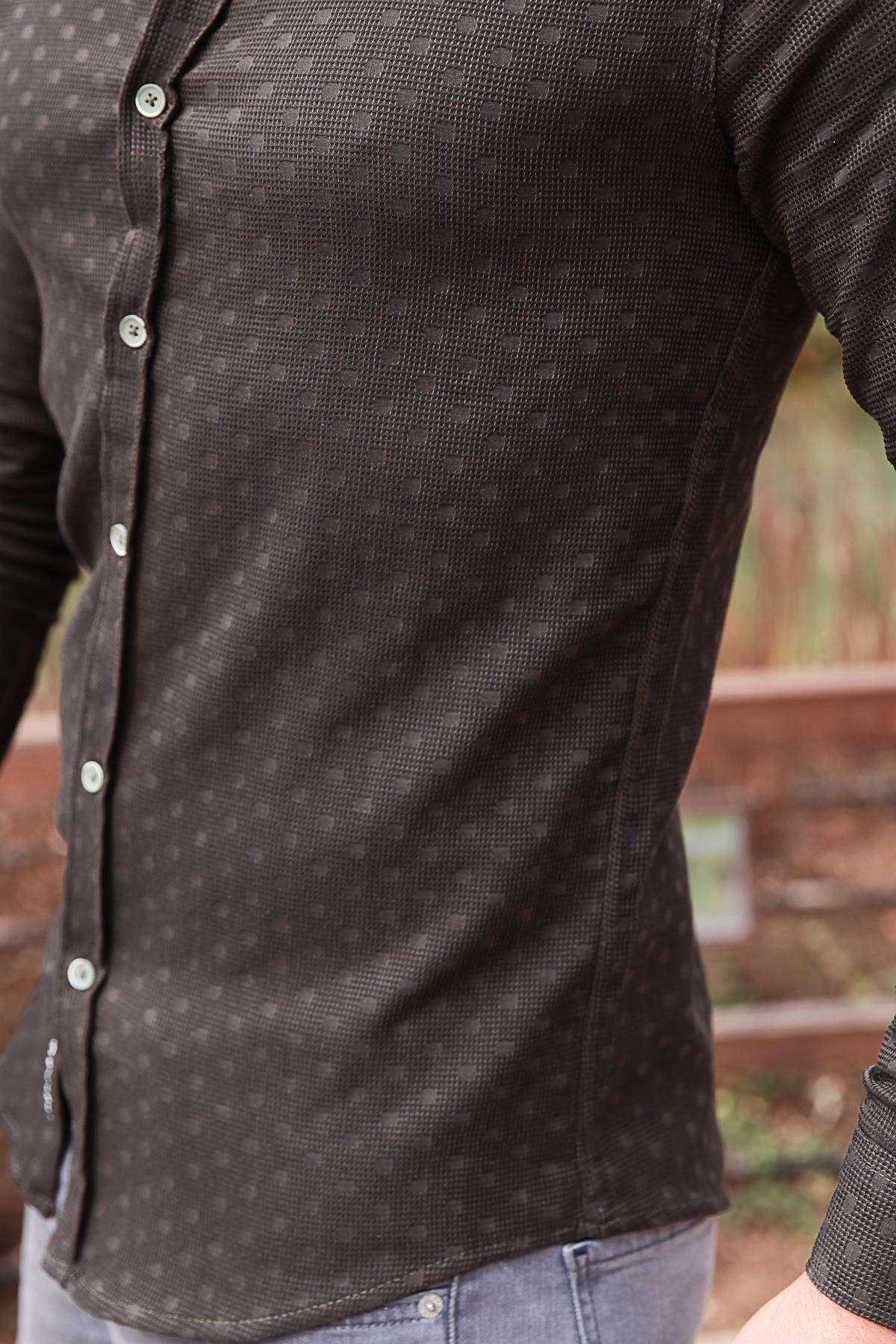 Puanlı Kesik Çizgi Desenli Slim Fit Gömlek Haki