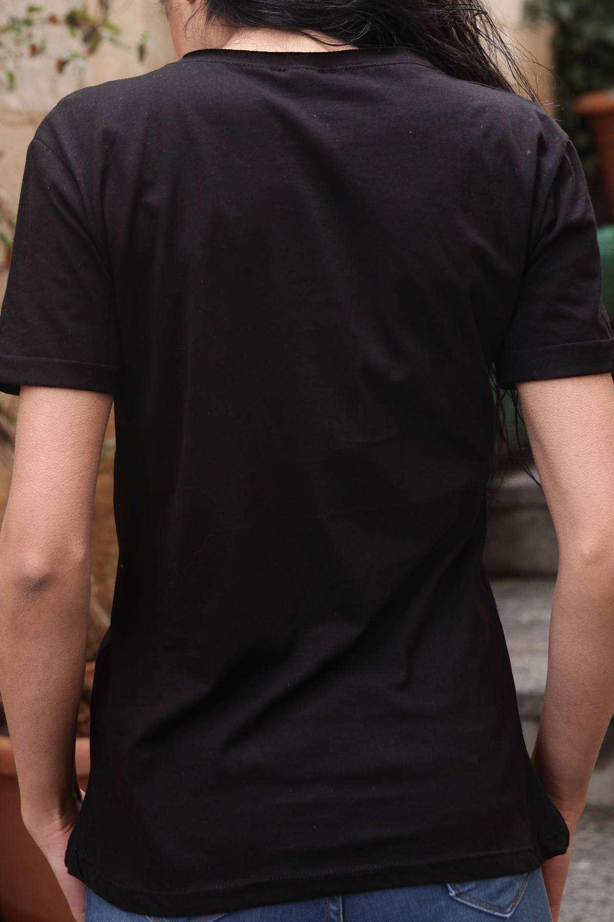 Taşlı Yes Yazı Detaylı Omuz Yırtık Boncuklu Tişört Siyah