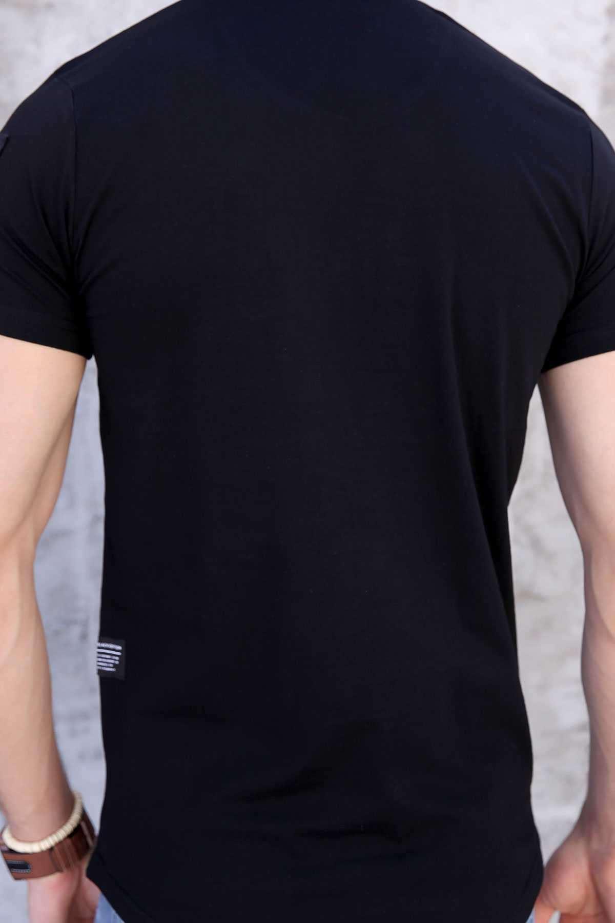 Tek Kol Halka Şerit Armalı Önü Küçük Kareli Slim Fit Tişört Siyah