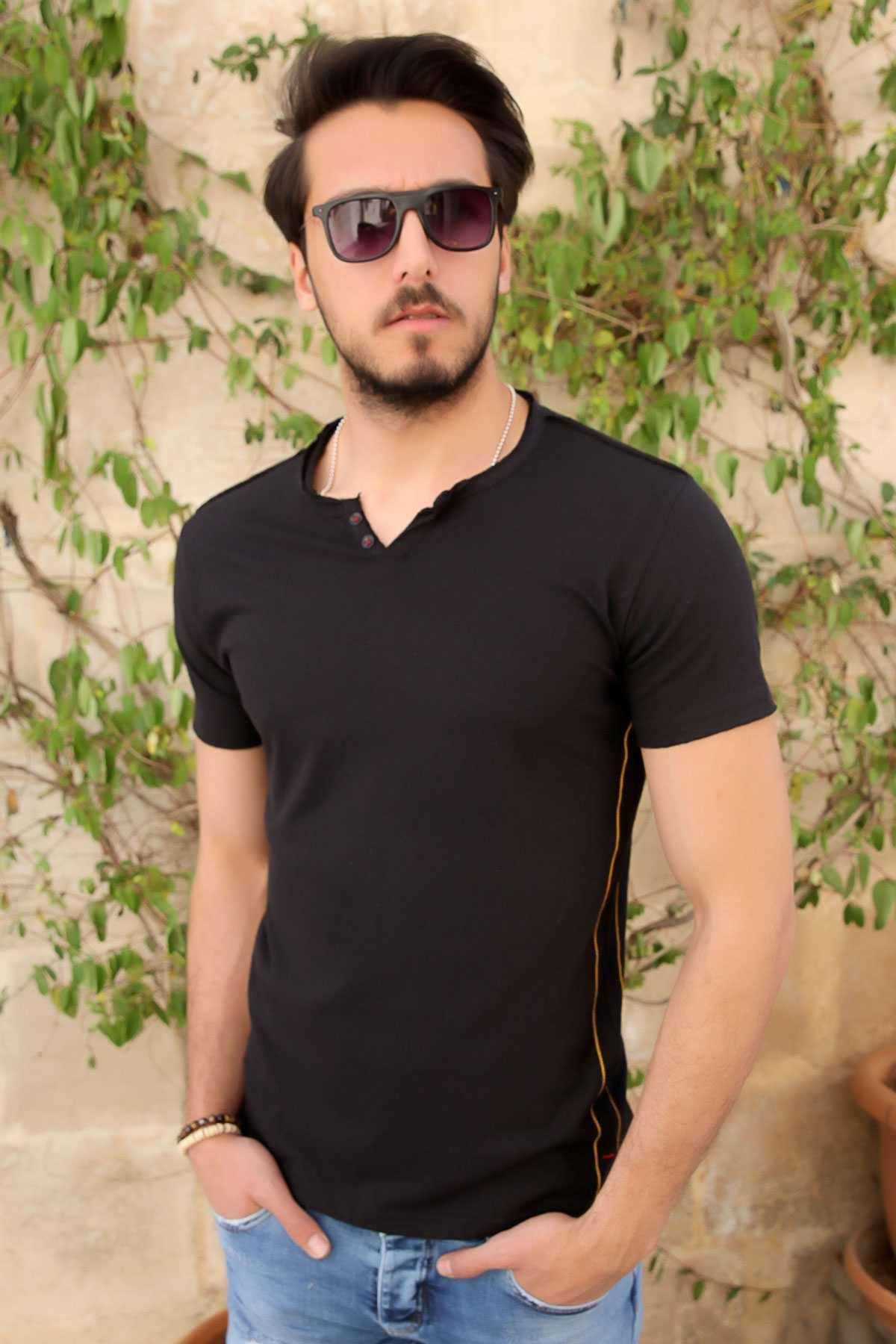 Yaka Çift Düğmeli Yanları İnce Şeritli Slim Fit Tişört Siyah