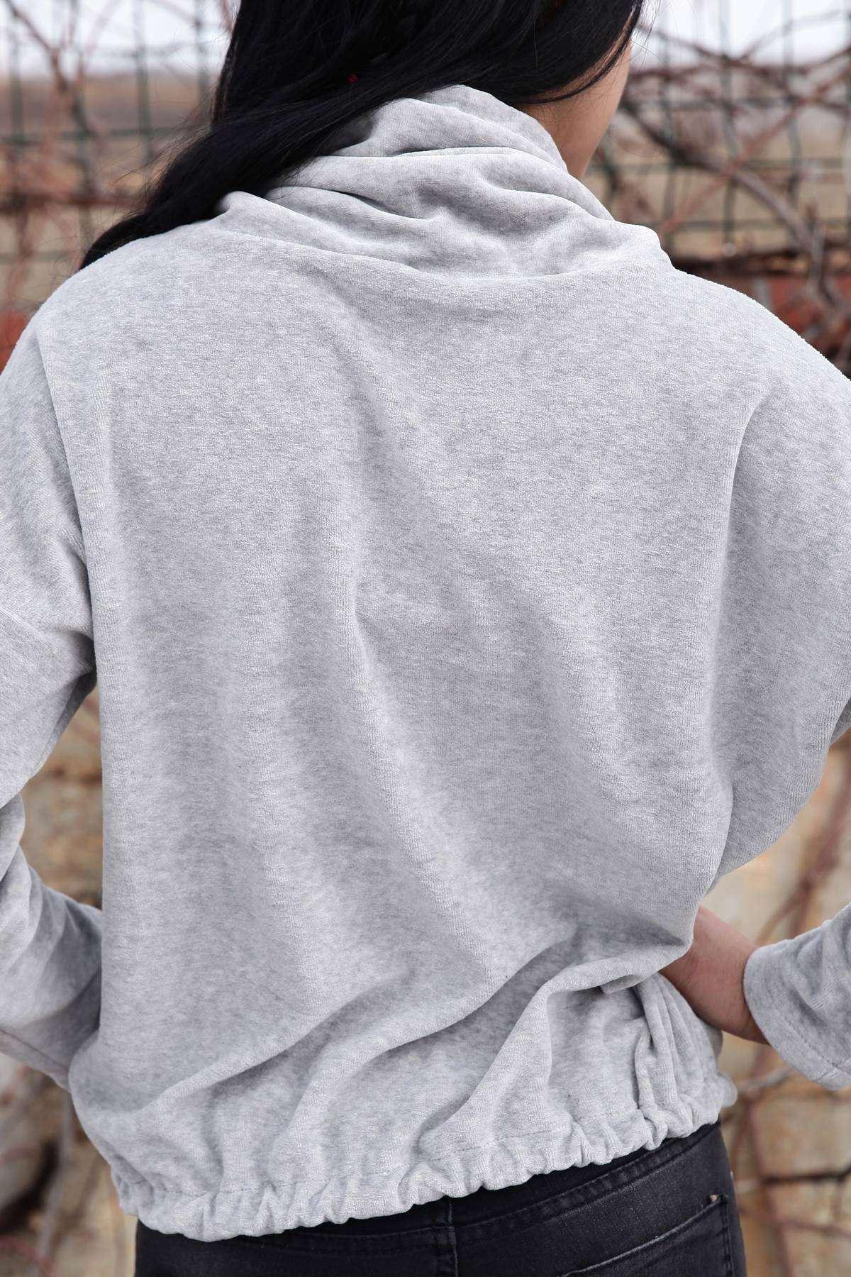 Yaka Ve Alt Bağlama Detaylı Yumoş Sweatshirt Gri
